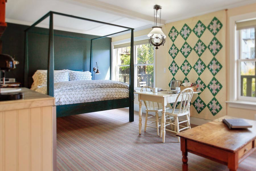 San Francisco Cottage Rental & Rates: Annie's Cottage